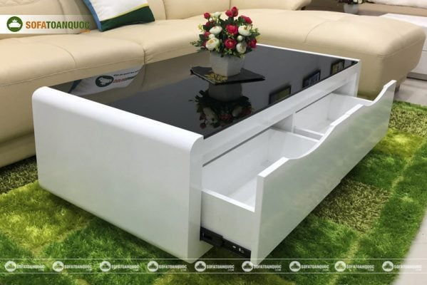Một mẫu bàn trà kính cường lực thuộc Bantrasofa.net