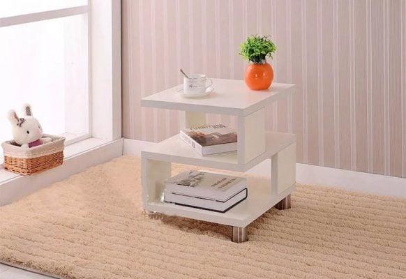 Bàn trà vuông lạ mắt khi bài trí trong không gian phòng khách gia đình