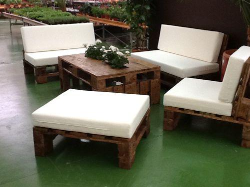 bộ và ghế sofa bằng gỗ pallet