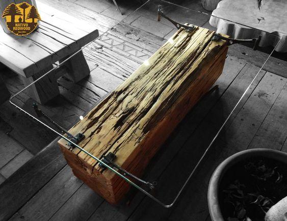 bàn trà thân cây mặt kính