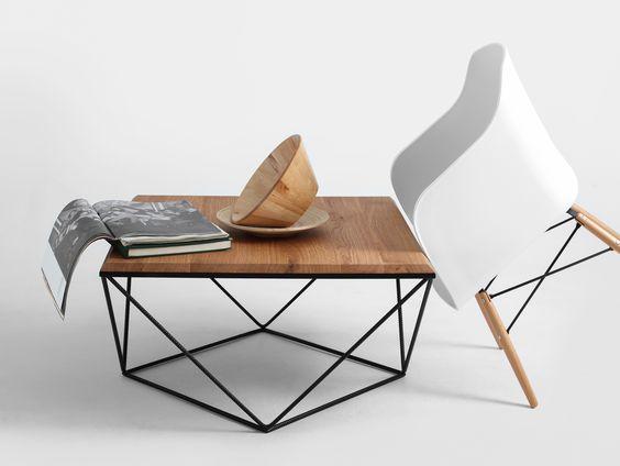 bàn trà kim cương chân sắt mặt gỗ