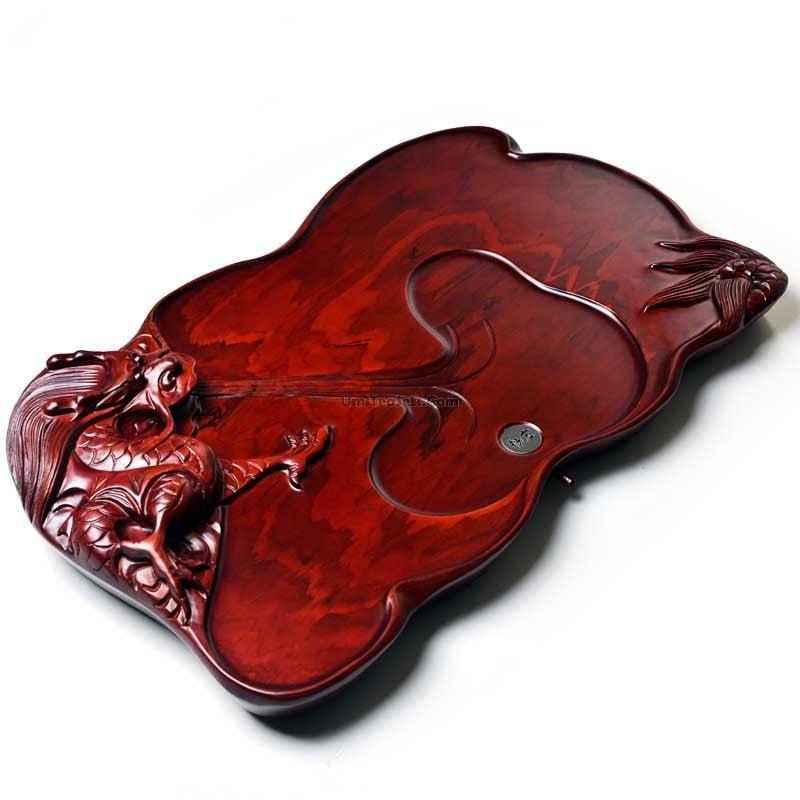 khay trà gỗ chạm khắc hình đầu rồng