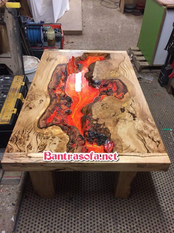 bàn trà gỗ dùng keo epoxy resin