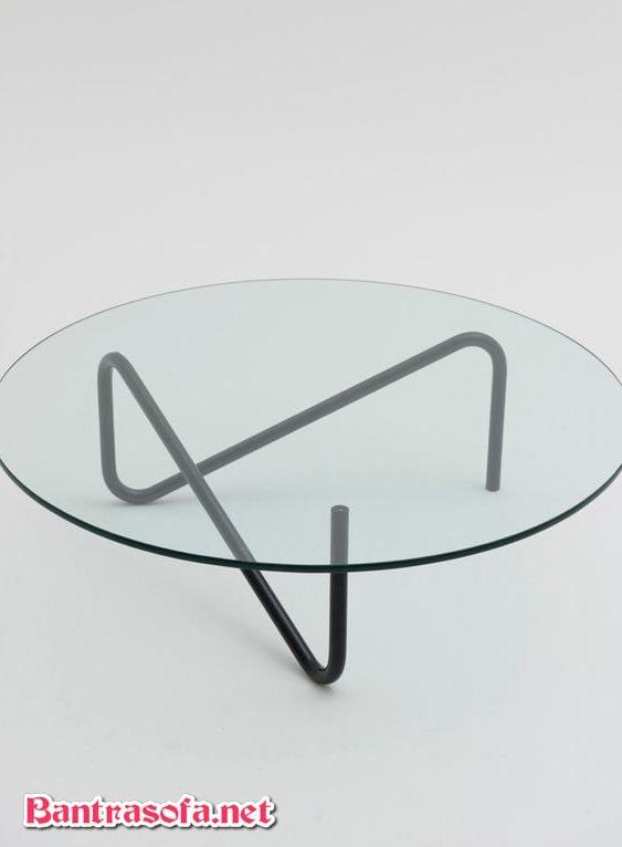bàn trà kính chân kim loại