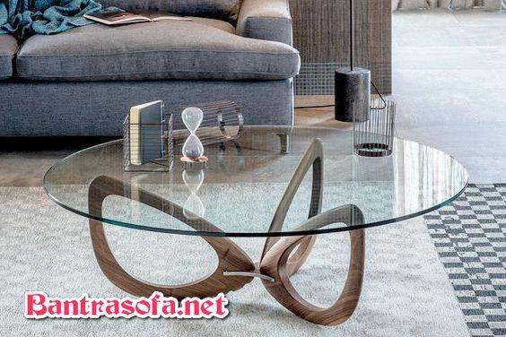 bàn mặt kính chân gỗ