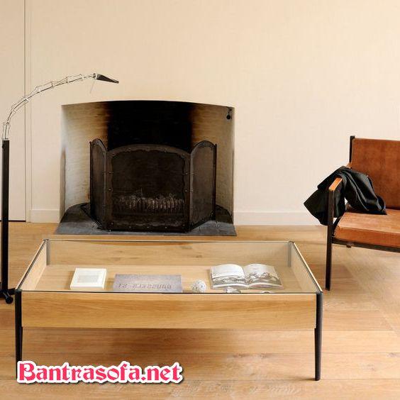 bàn trà mặt kính có khung làm từ gỗ sồi