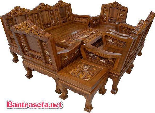 Bộ bàn ghế uống trà bằng gỗ tự nhiên.