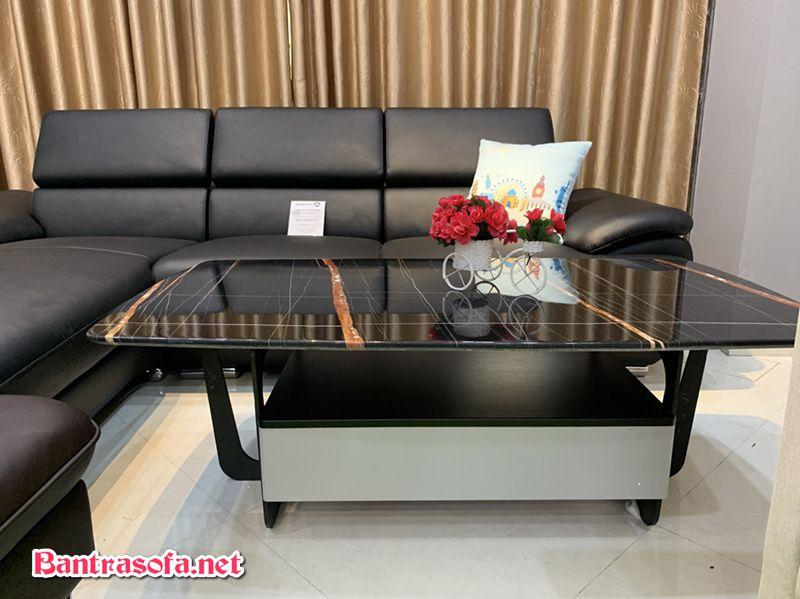 Bàn trà sofa mặt đá marble màu đen sáng loáng.