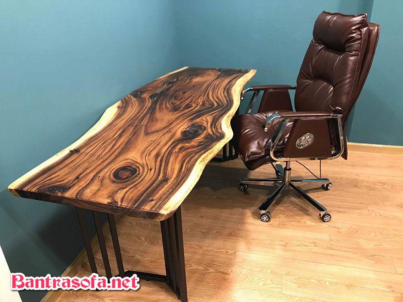 bàn làm việc bằng gỗ me tây đẹp mắt.