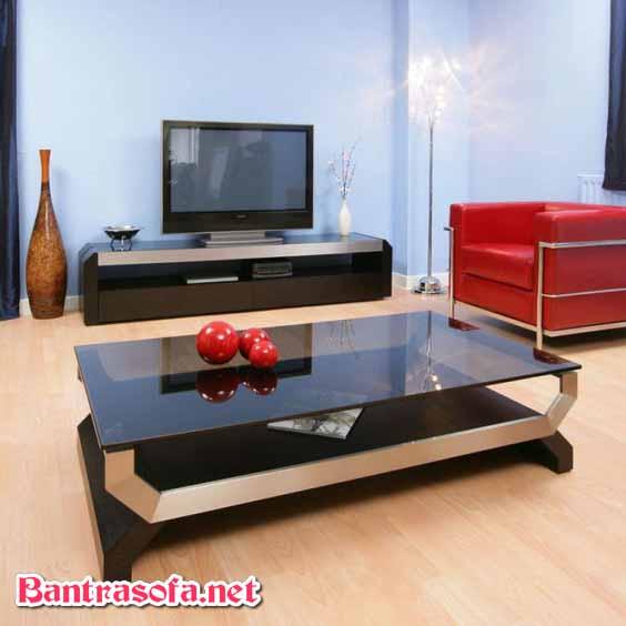 bàn sofa mặt kính đen khung kim loại