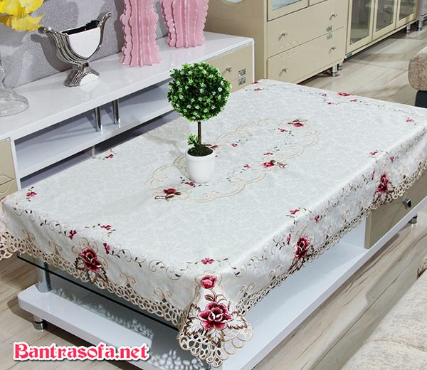 khăn trải bàn sofa màu trắng hoa tiết hoa