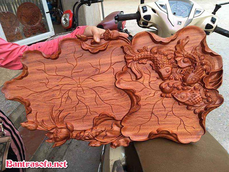 khay đựng trà bằng gỗ các chép hoa sen
