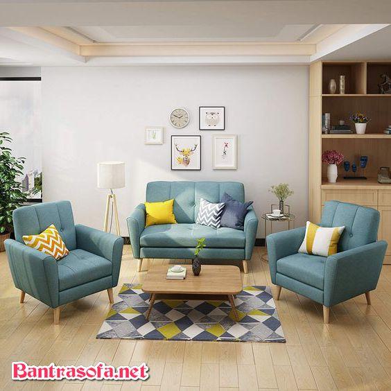 Ngoài áp dụng cách chọn sofa cho phòng khách nhỏ thì còn cần bài trí phòng khách với phong cách đơn giản tương ứng phù hợp.