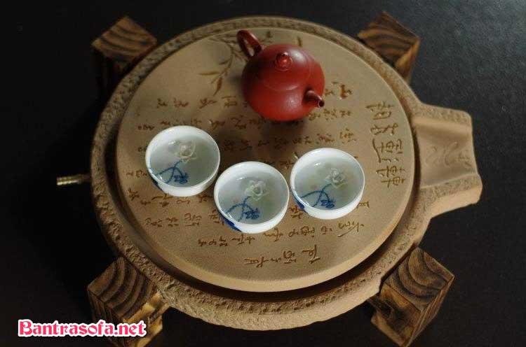 khay trà bằng gốm sứ
