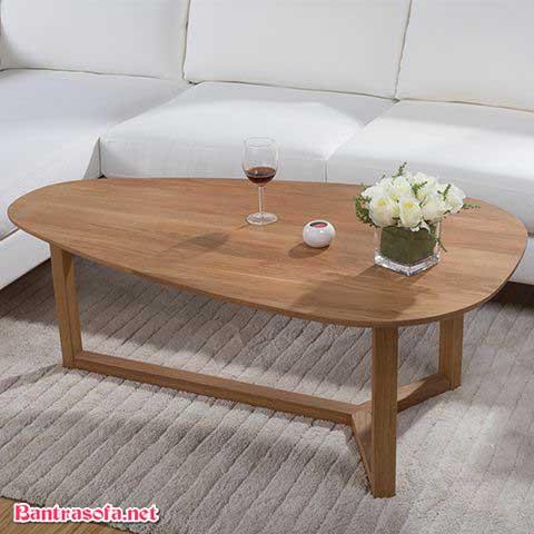 bàn trà hình bầu dục bằng gỗ