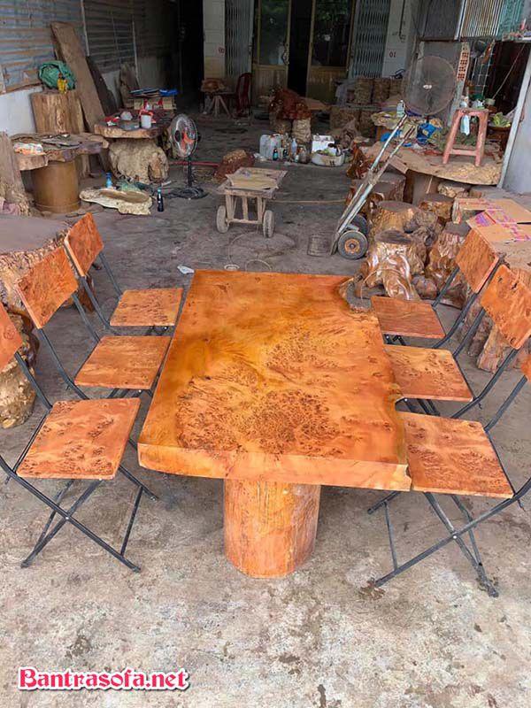 mặt bàn trà gỗ xá xị đẹp mắt
