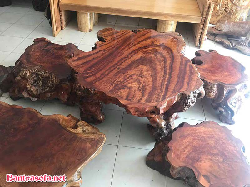 mặt bàn trà gỗ xá xị đẹp 4 ghế